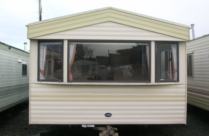 MOBILE HOMES FOR HIRE